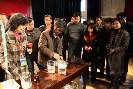 南昌金砼实验室进行试验中